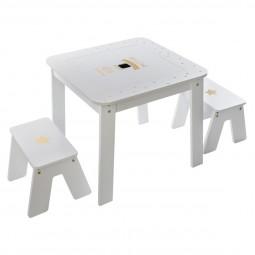 Table avec 2 tabourets décor fille