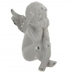 Ange assis gris en céramique